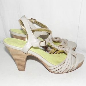Seychelles Taupe T-Strap Leather Heel Sandals 8